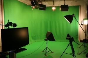 studio-greenscreen-FILEminimizer-300x200